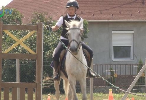 Szabadidős lovasverseny