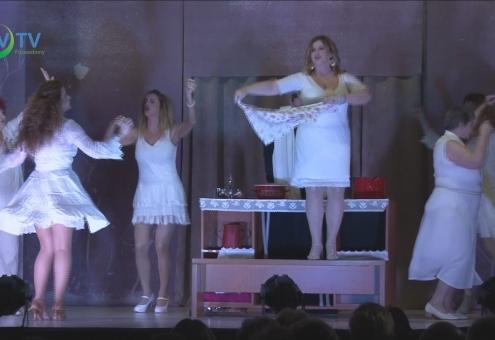 Levesben: A Nemzetiségi Színház előadása a Közösségi házban