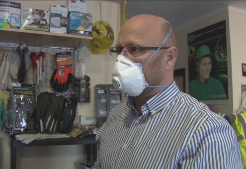 Füzesabonyban is megnőtt a szájmaszkok iránti kereslet