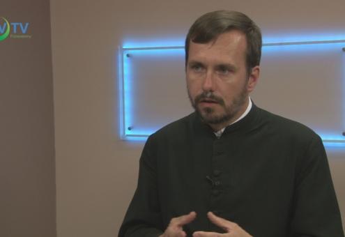 Másfél éve a füzesabonyi egyházi közösség élén