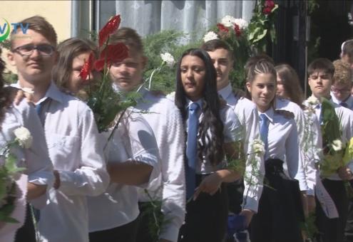 Elballagtak a katolikus iskola nyolcadikosai