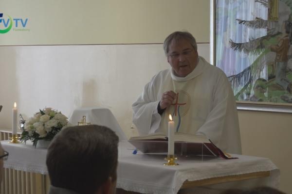 Kápolnaszentelés a katolikus iskolában